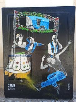 Projecto de arte urbana encomendado pela Câmara Municipal de Albufeira. Consistia em pintar alguns dos armários de electricidade, da zona velha de Albufeira, com imagens alusivas à cidade e às suas gentes do passado e do presente.  Técnica: Stencil e spray  Urban art project commissioned by the Municipality of Albufeira. It consisted of painting some of the electricity cabinets in the old town of Albufeira, with images alluding to the city and its people in the past and the present. Technique: Stencil and spray