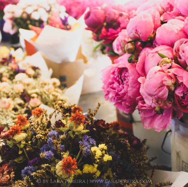 """""""Pike Place Market Flowers"""""""