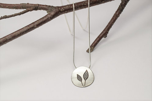 Ana Herranz Jewellery | Double leaf pendant on chain
