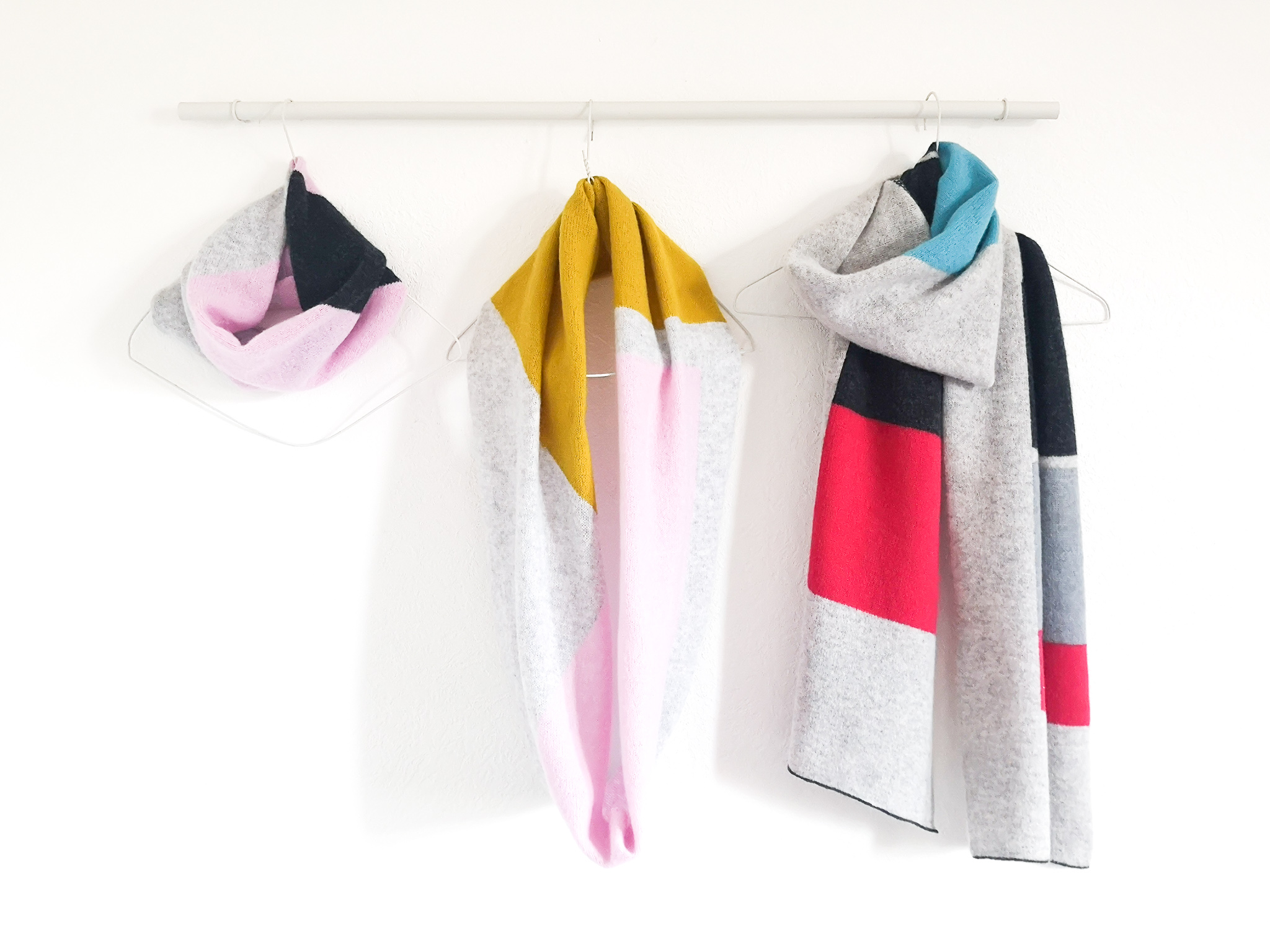 Lyndsey Currie - Knitted Accessories