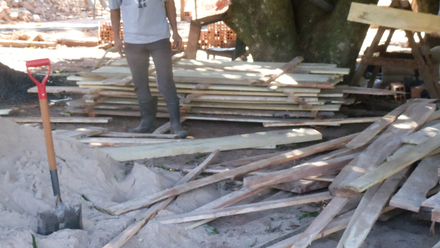 Form boards for cement