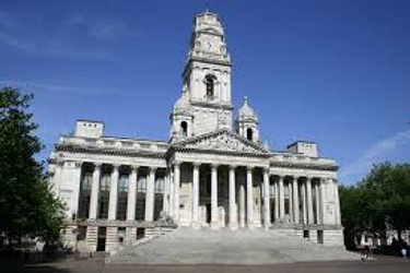 portsmouth Guildhall.jpg