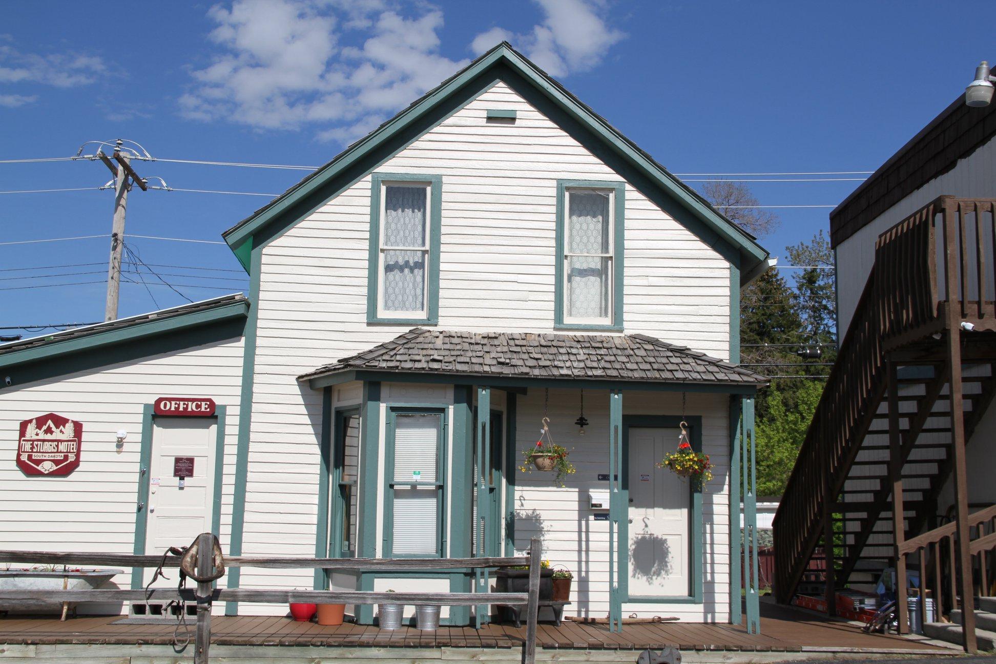 Poker Alice House/ Office