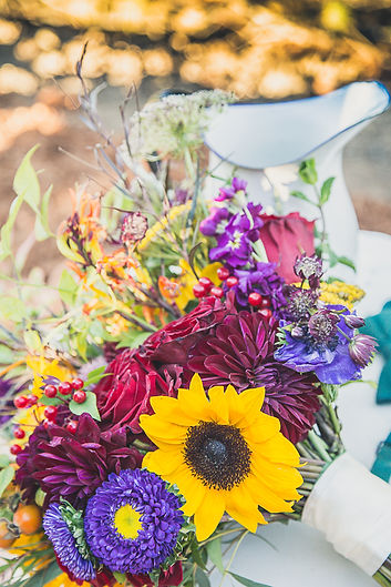 A Guide To Seasonal Color Schemes For Your Wedding Luxe Event