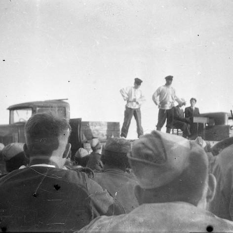 Концерт фронтовой бригады Музыкального театра на Брянском фронте. Август 1943