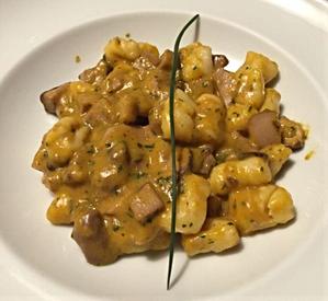 Gnocchetti di ricotta con funghi porcini e crema di zucca