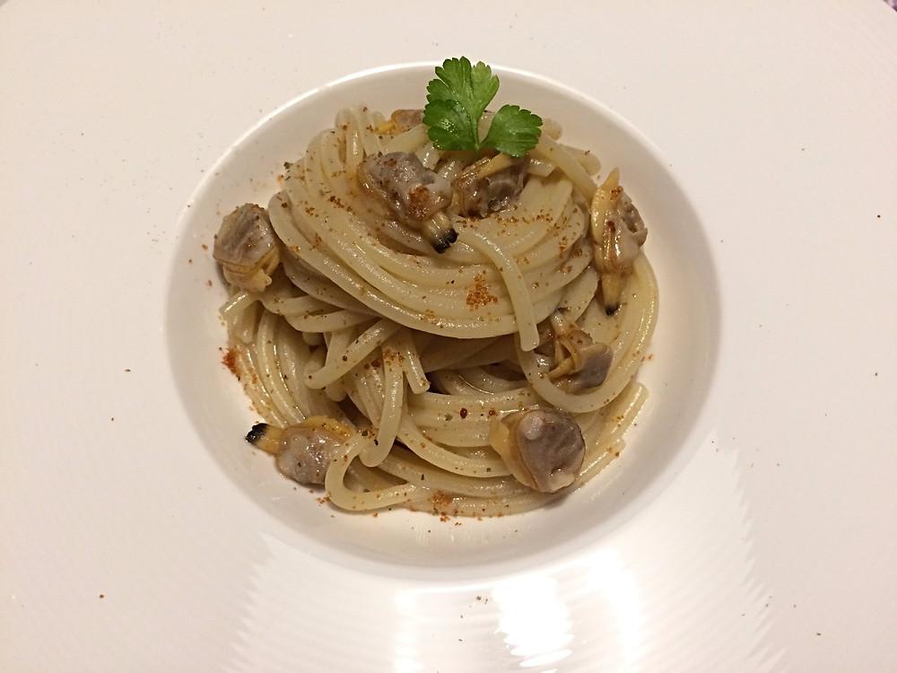 Spaghetti alle vongole veraci con bottarga