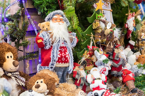 FR_Riquiwihr_ChristmasMkt_santa01.jpg