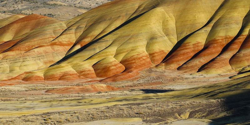 Painted-Hills-2-1200x600 (1).jpg