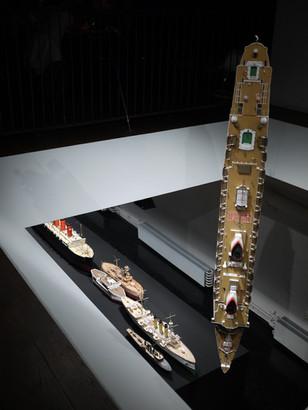 """från utställningen """"Vessels"""" (2010)"""