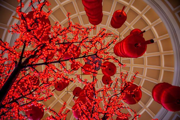 05-RedLanternsCaesarsPalace.jpg