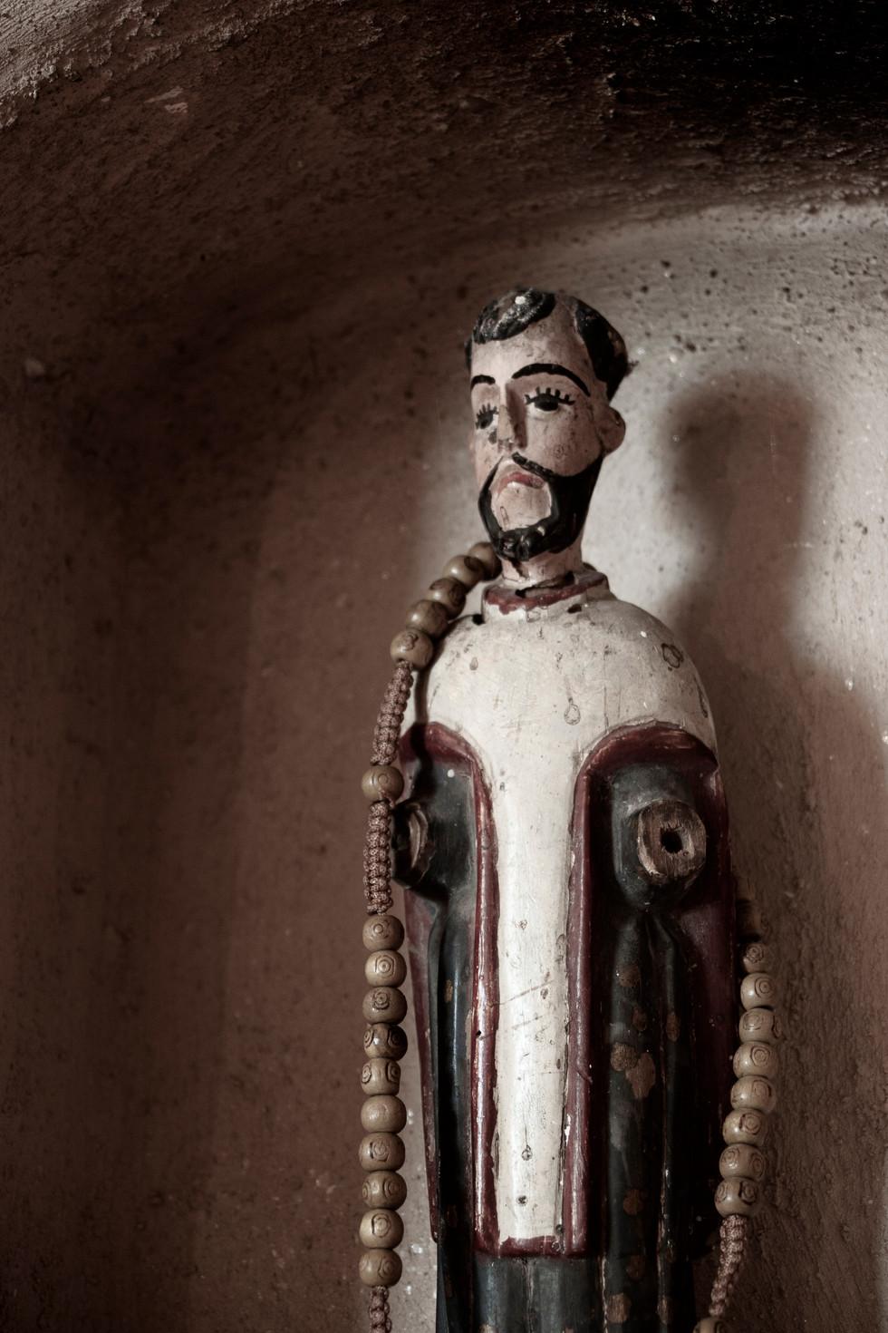 El Santo De Capillo