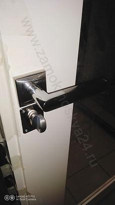 панель на дверь с зеркалом