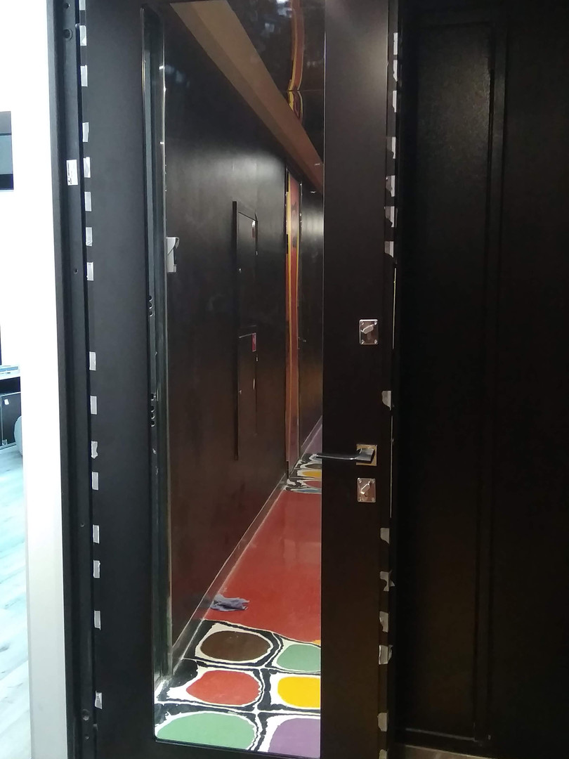 После ремонта двери