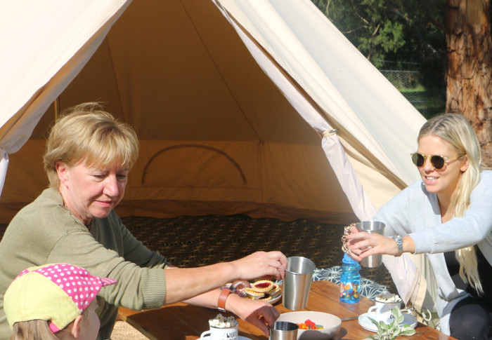 Wow Tents kidsKAMP Family Fun Dining