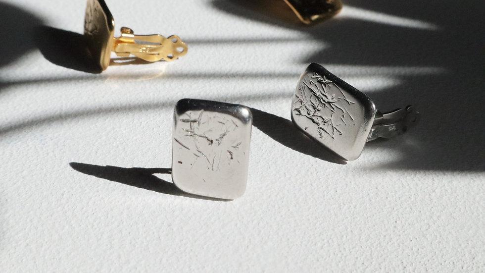 Beach combing_no.02[silver] (clip-on earring)
