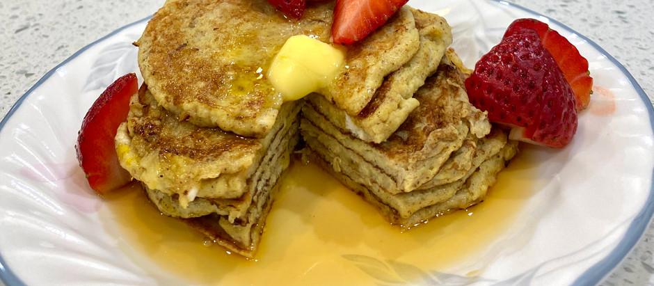 deliciously, healthy banana pancakes