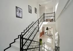 Лестница Hello Inn