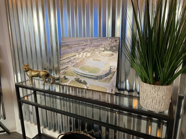 Gator Bowl decor