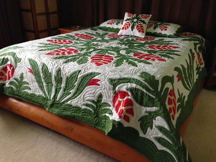 Heliconia Flower Green Hawaiian Quilt King Size