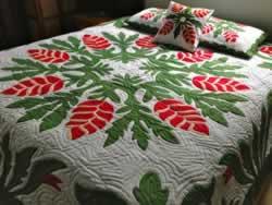 Heliconia Flower Green Hawaiian Quilt Queen Set