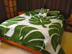 Monstera Leaf King Size Hawaiian Style Quilt