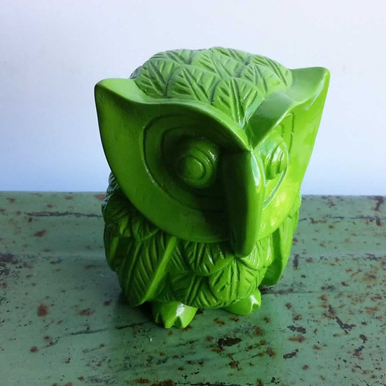 Resin Solid Color Owl in Green