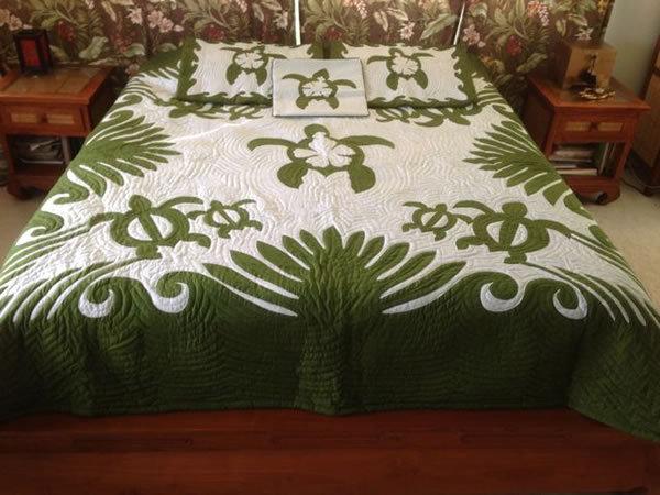 Honu Turtle Queen Size Hawaiian Style Quilt