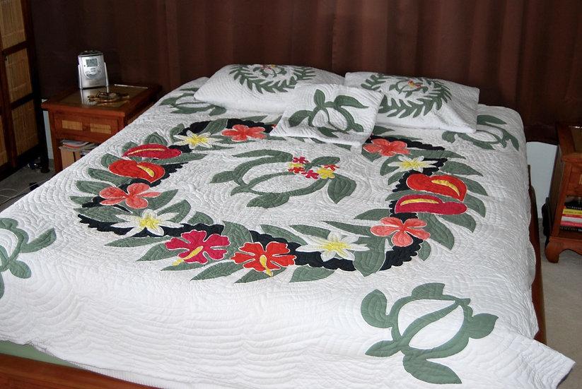 Honu Turtle Lei Hawaiian Queen Quilt Set