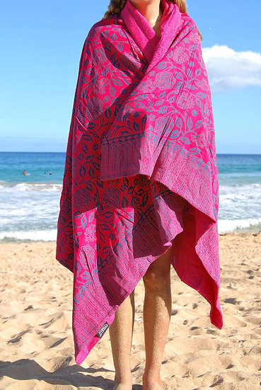 Sarong Towel - Red/Navy Floral