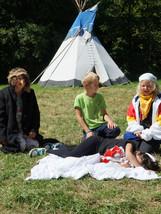 Nácvik na představení pro místní domov důchodců - letní tábor Foxík