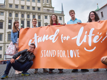 Zu Fuss durch 4 Länder bei der internationalen ProLife Tour 2020