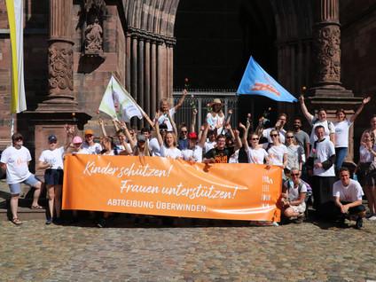 342 Kilometer für das Leben – Pro Life Tour 2020 endet nach drei Wochen Fußmarsch in Freiburg