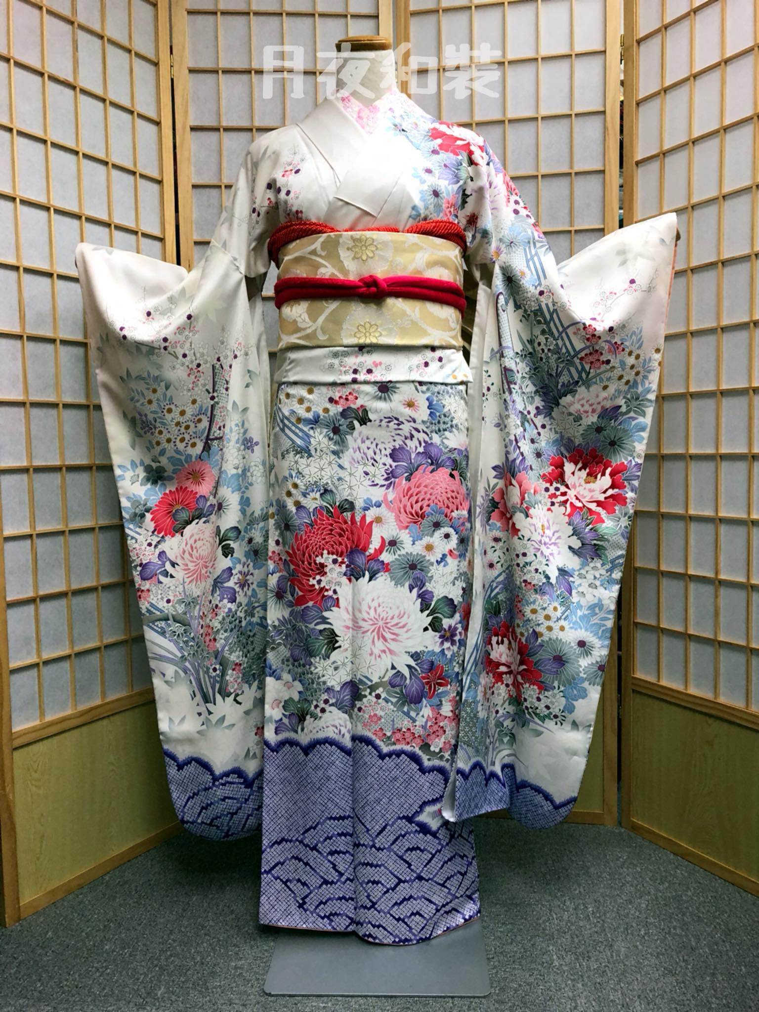 CLASS B 粉白色椿花菖蒲牡丹高級化纖振袖