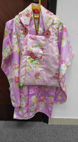 女兒淺紫色牡丹撫子花紋被布和服(3歲用)