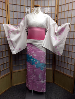 白色櫻花繪羽浴衣
