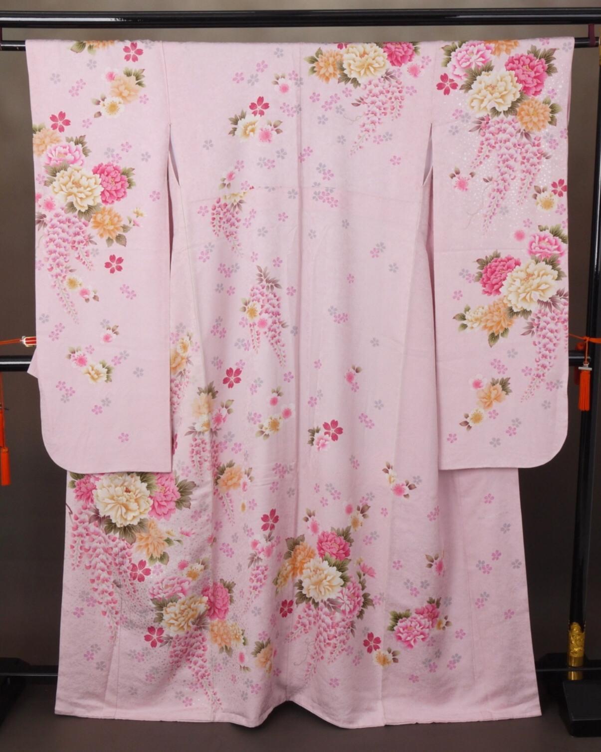 CLASS A 淡粉紅牡丹藤花正絹振袖