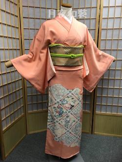 粉橙色天井文正絹色留袖(無比翼)