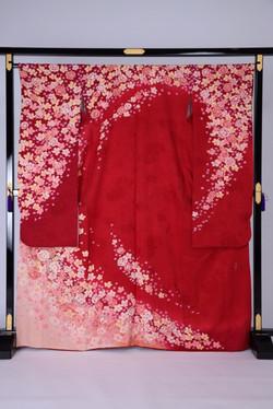 CLASS B 紅色玫瑰散花化纖振袖