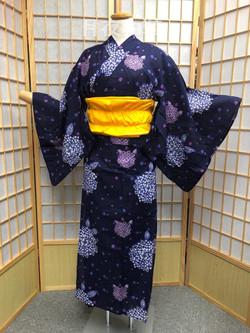 紫陽花圖案浴衣(不能調節身高)