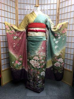 CLASS A 四季色牡丹垂櫻正絹振袖