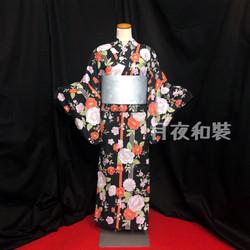 黑色椿菊浴衣