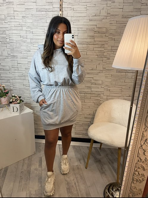 Robe sweat à capuche gris