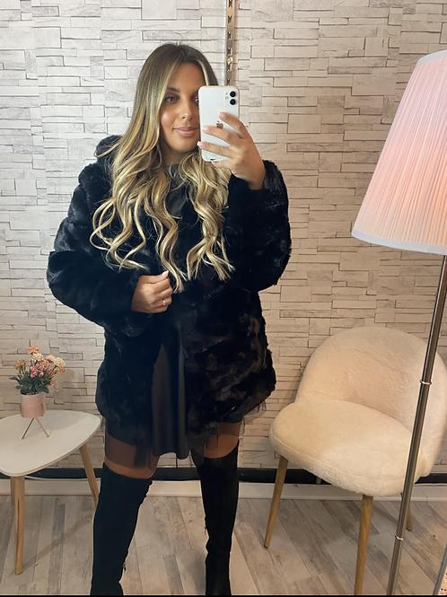 Manteau à fourrure et capuche Soraya
