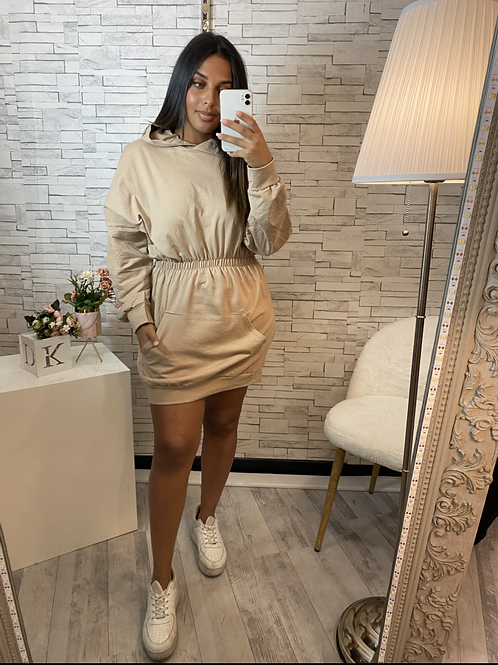 Robe sweat à capuche beige
