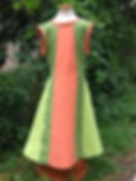 Ärmeloses 3-farbiges Leinenkleid