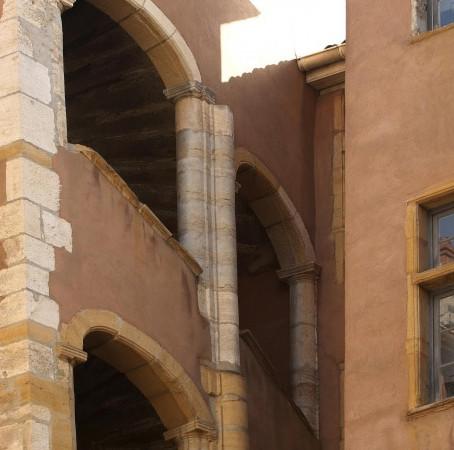 The Traboules: Lyon secret passageways