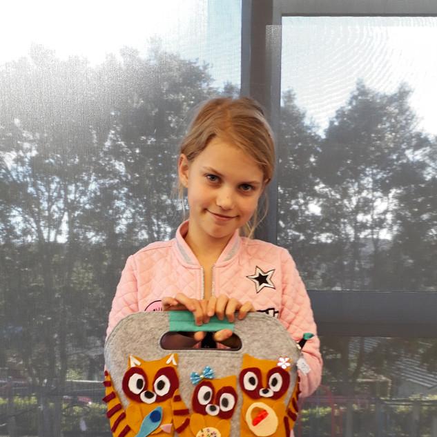 children art holiday programme sewing
