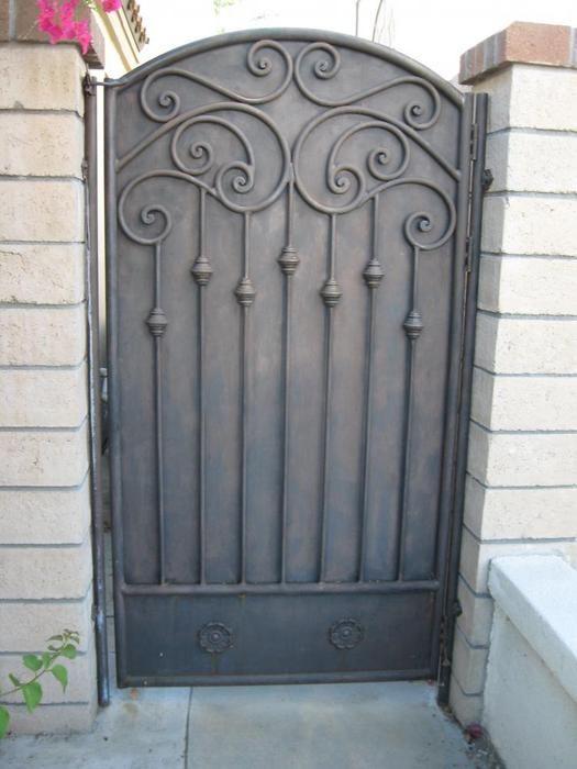 gate12