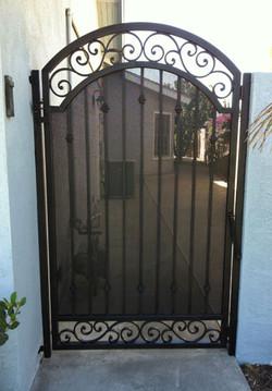 gate 15